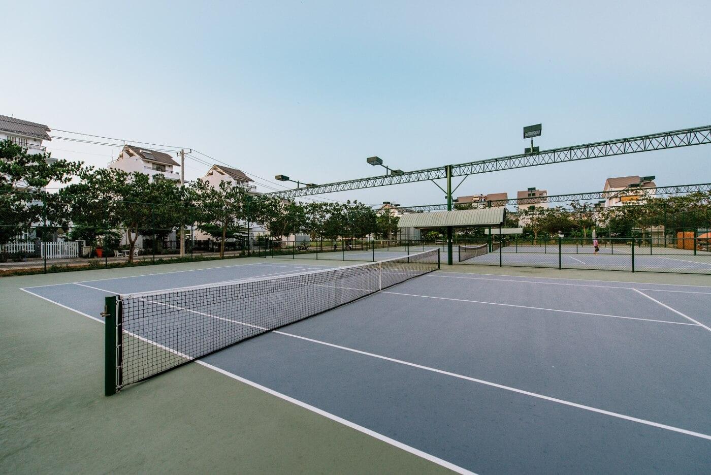 4 Sân Tennis Sẵn Sàng Sử Dụng